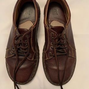 Born shoes. Size 8.5 lace ups
